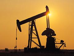 A futárszolgálat hírei: Egekbe szökik a benzin és a gázolaj ára 2012-ben